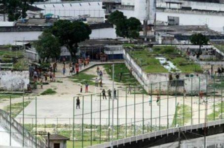 Cinco detentos são feridos em tiroteio no Complexo Prisional do Curado