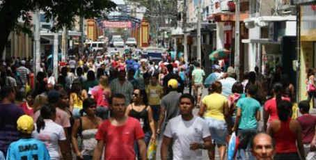 Feriado de Tiradentes: comércio do Recife e Região Metropolitana irá funcionar em horário especial