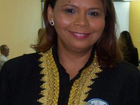 Doralice Santana é a nova presidente da da Academia de Letras de Jaboatão
