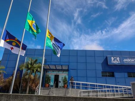 Prefeitura antecipa a primeira parcela  do 13º e injeta R$ 18 milhões na economia de Jaboatão