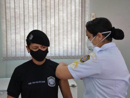 PMPE inicia campanha de imunização da tropa contra Covid-19
