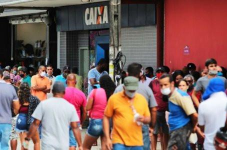 Venda de lugares na fila de agência da Caixa em Jaboatão é denunciada