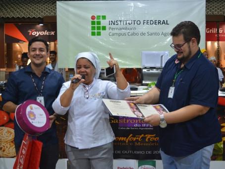 Aluna UNIFG conquista 1º lugar em Feira de Gastronomia