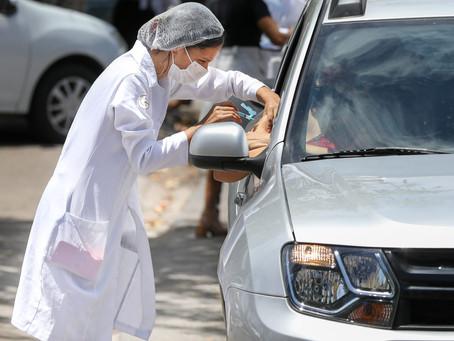 Jaboatão inicia vacinação contra Covid-19 em profissionais da saúde de grupo de risco em drive-thru