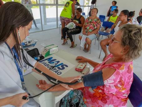 Mutirão oferece serviços gratuitos a idosos nas áreas de Saúde e Cidadania