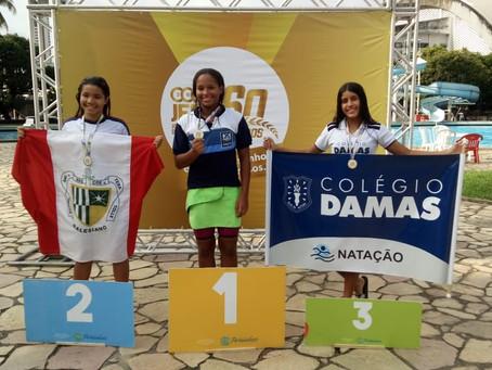 Aluna-Atleta Maria Gabrielly ganha medalha de ouro