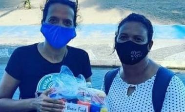 Comerciantes da orla realizam campanha para arrecadar cestas básicas
