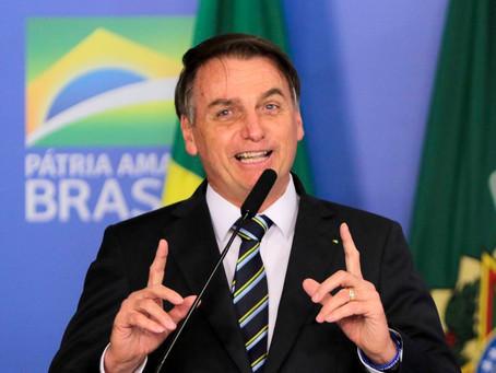 Dinheiro retirado de universidades será investido na base, afirma Bolsonaro