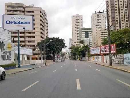 Avenida Bernardo Vieira de Melo recebe serviços de manutenção