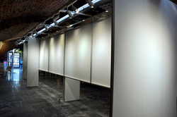 Witte Lely expositiewand 1.jpg