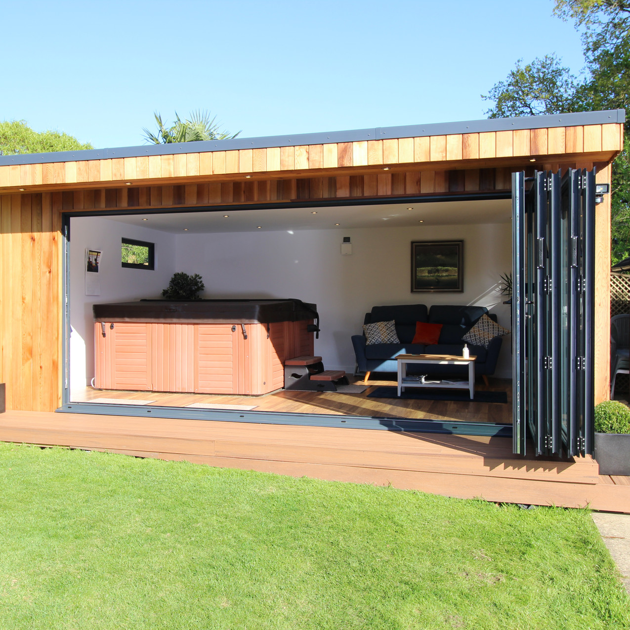 Garden Room with Hit Tub by Timber Rooms