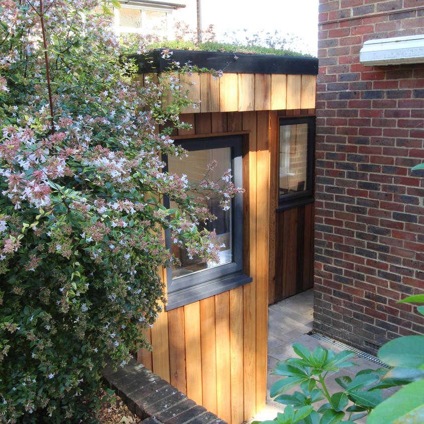 Unusual Shaped Garden Room