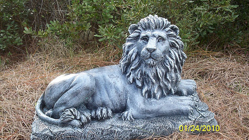 DETAILED LION *RIGHT ONLY