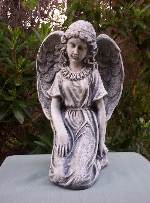 LARGE KNEELING ANGEL