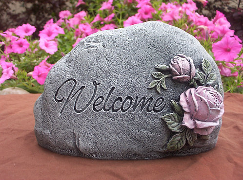 WELCOME STONE WITH ROSES