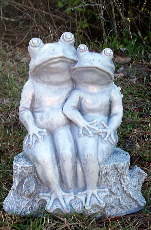 CLASSIC FROG COUPLE