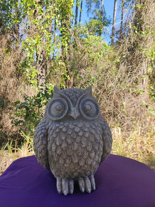 LARGE ROUND OWL