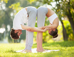 introduction-to-partner-yoga.jpg