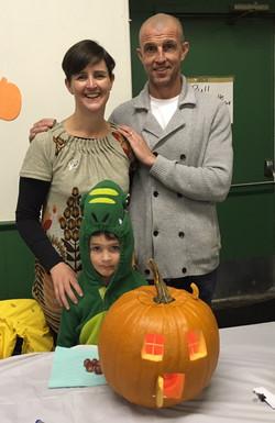 2018 Pumpkin Carving Karen & Family