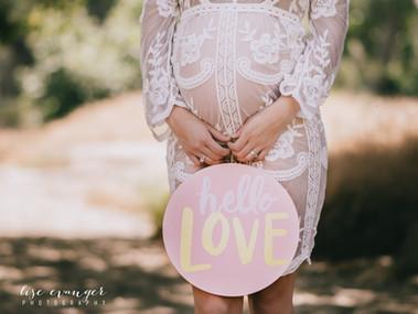Bohemian Inspired Maternity Shoot