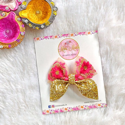 Idika Bow in Pink & Red