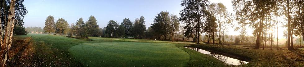 golf de montjoie de 9 trous, pour les niveaux débutant est confirmée