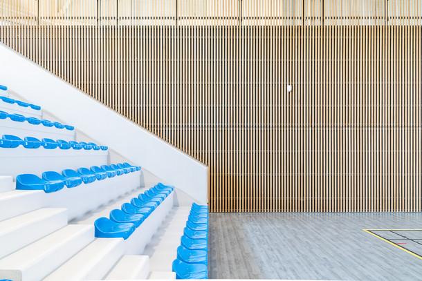 Photographie d'architecture - Vestiaires Pole Sportif Ecully