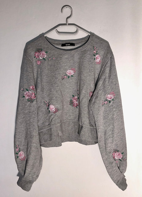 SOLD grey flowery sweater with puffed sleeves