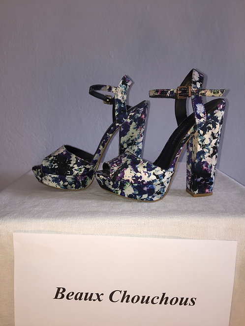 blue/violet flower high heels