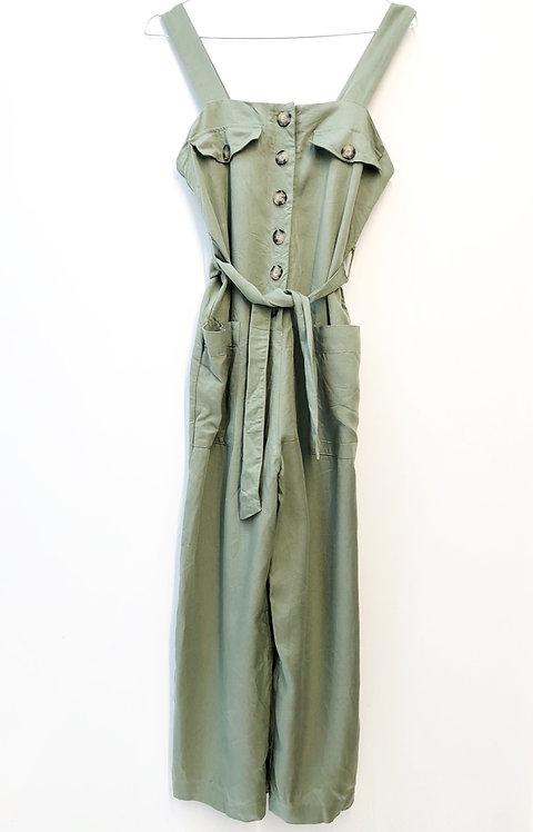 green 3/4 jumpsuit