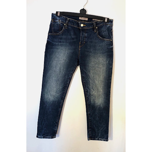 guess skinny boyfriend jeans