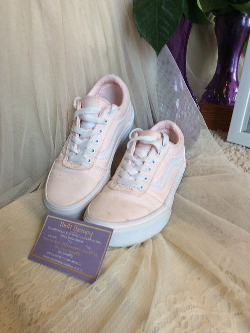 Youth Pink & White Vans Size 6