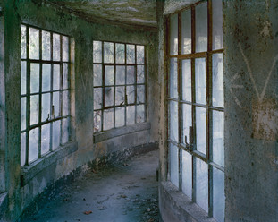 Isolation Wards,Ellis Island, ( Curved Hallway,1994