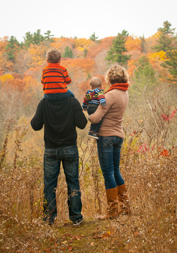 Family looking at Fall Colours