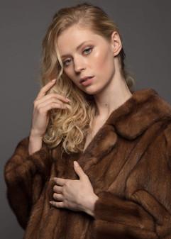Model Whitney Taylor