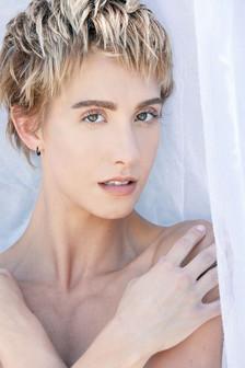 Model: Willie Demi