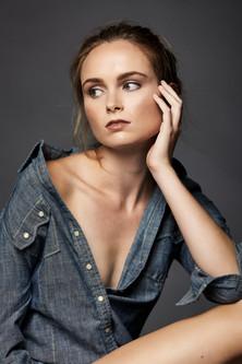 Model Michelle Lavienia