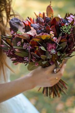 Букет невесты цвета марсала.jpg