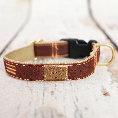 Russet Waxed Collar