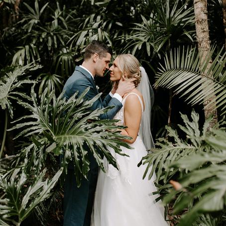 ALEX + ERIC'S HAWAIIAN WEDDING