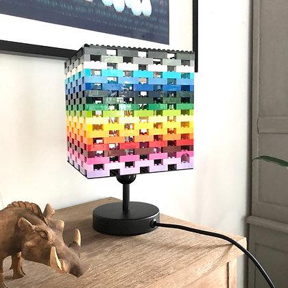 "La Lampe LEGO® ""Arc en ciel"" avec tige"