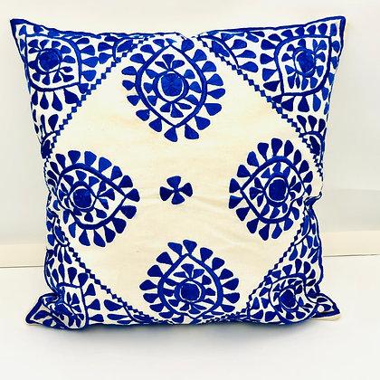 Le coussin marocain bleu