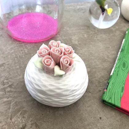 """La boîte en porcelaine """"Mon bouquet de roses"""""""