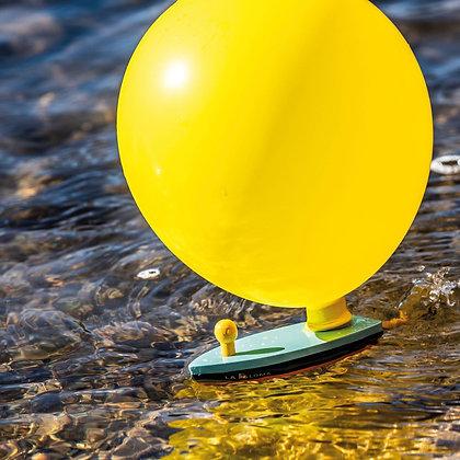 La Paloma, le bateau propulsé par l'air du ballon