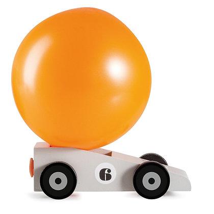 Silverstar, la voiture propulsée par l'air du ballon