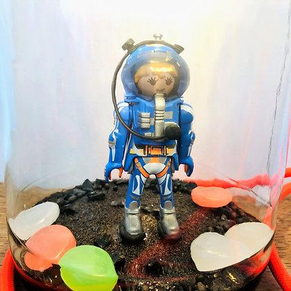 "La lampe Bocal Jonathan, ""l'astronaute"""
