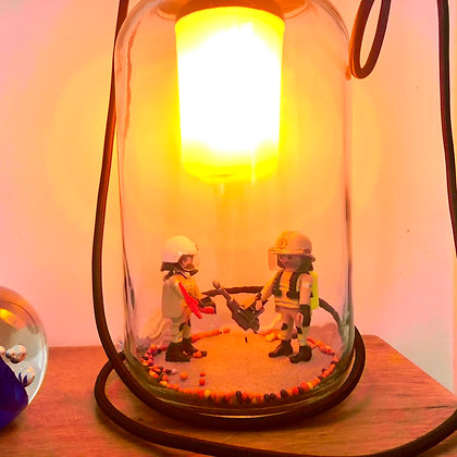 La lampe Bobocal des soldats du feu