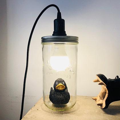 La lampe bocal et le canard pailleté