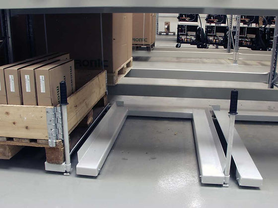 Floor based model 800 kg. / 1.700 lb.