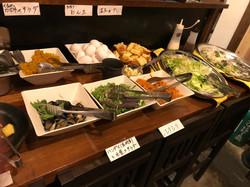 沖縄料理のバイキング